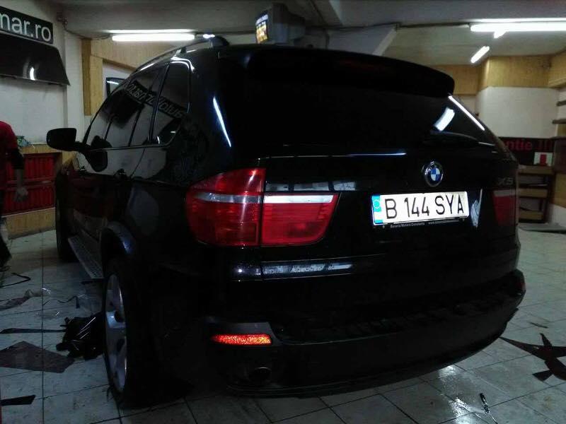 Folie-auto-x5-fata-50at-si-spate-7at