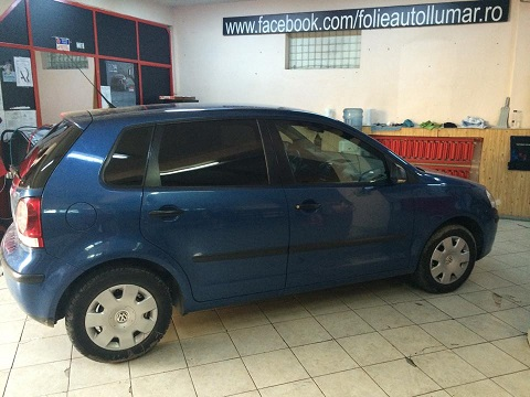 wolkswagen_polo_blue_laterale_17